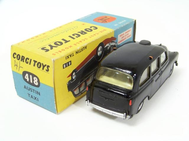 Picture Gallery for Corgi 418 Austin London Taxi
