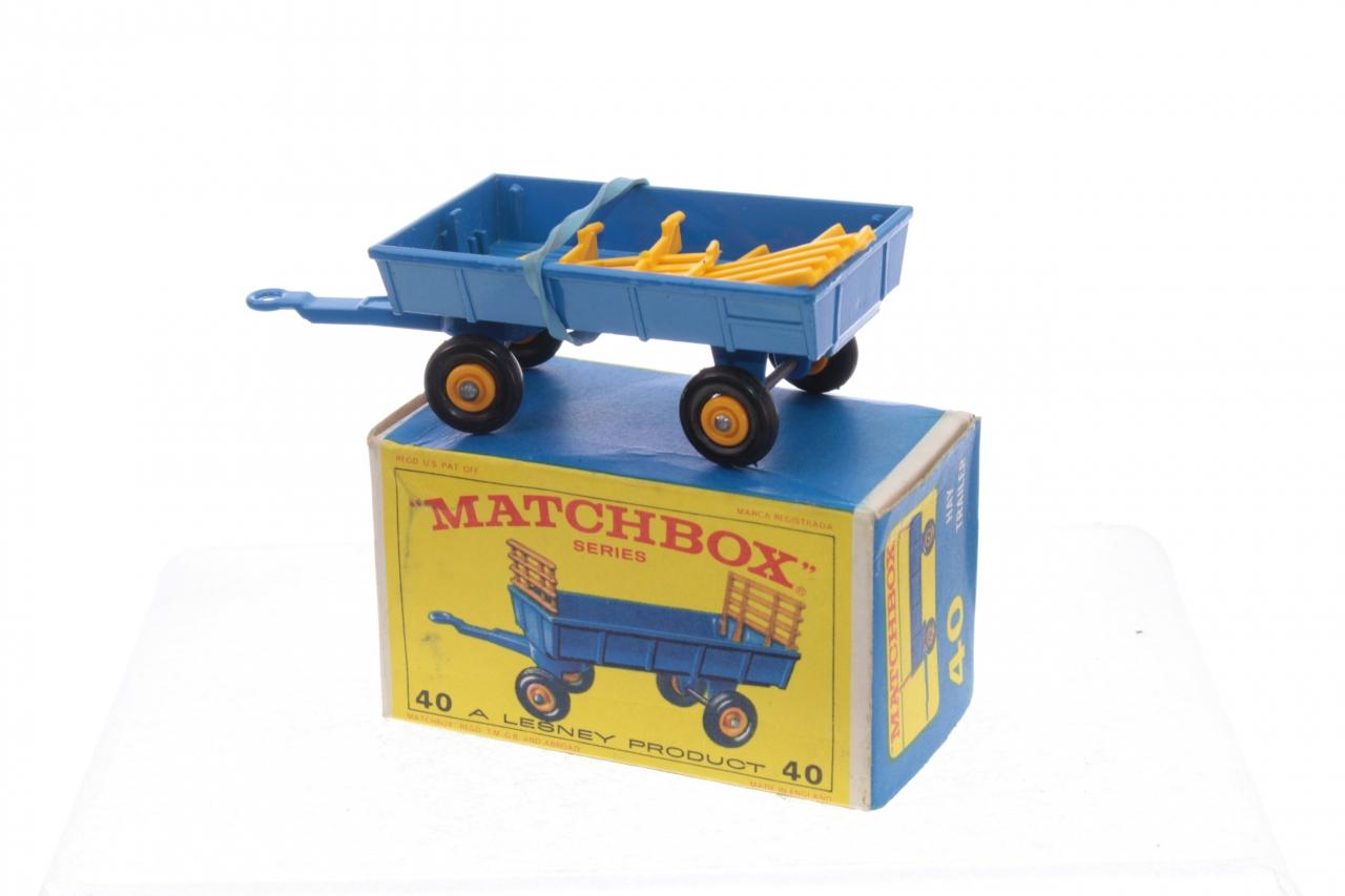 Matchbox #40c - Hay Trailer - Blue