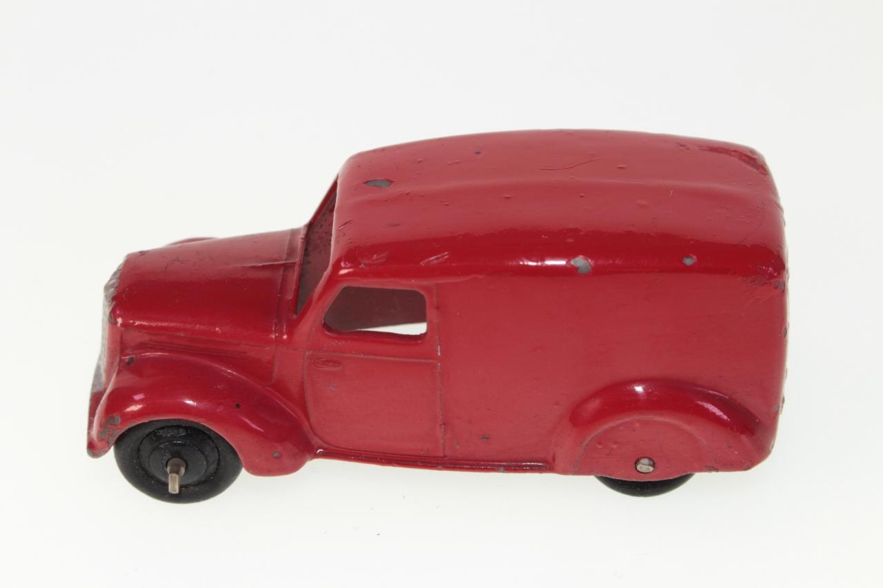 Dinky #280 - Delivery van - Red