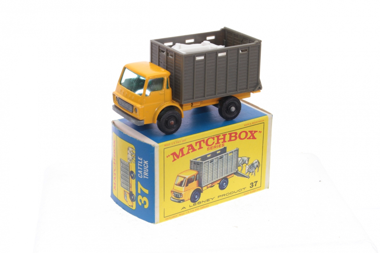 Picture Gallery for Matchbox 37c Dodge Cattle Truck