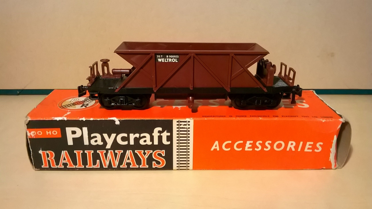 Picture Gallery for Playcraft P661 Bogie Hopper Wagon